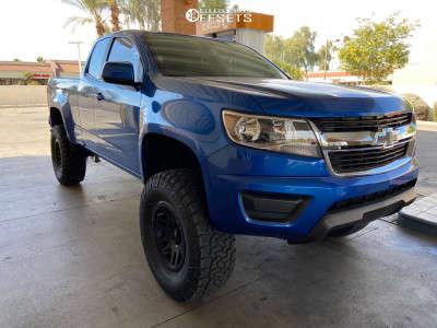 "2018 Chevrolet Colorado - 17x8.5 0mm - Fuel Recoil - Suspension Lift 6"" - 35"" x 12.5"""