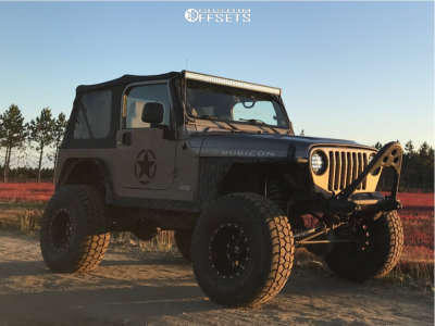"2006 Jeep TJ - 15x10 -43mm - Fuel Revolver - Suspension Lift 6"" - 35"" x 12.5"""