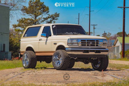 """1995 Ford Bronco - 22x14 -76mm - American Truxx AT166 - Suspension Lift 4"""" - 33"""" x 14.5"""""""
