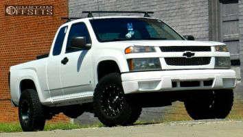 """2006 Chevrolet Colorado - 15x8 -18mm - Fuel Revolver - Suspension Lift 3"""" - 31"""" x 10.5"""""""