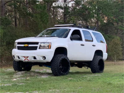 "2007 Chevrolet Tahoe - 22x14 -76mm - Anthem Off-Road Equalizer - Suspension Lift 7.5"" - 35"" x 12.5"""
