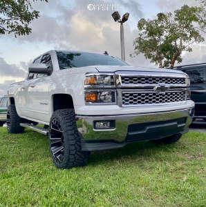 "2015 Chevrolet Silverado 1500 - 22x12 -44mm - Fuel Assault - Suspension Lift 4"" - 33"" x 12.5"""