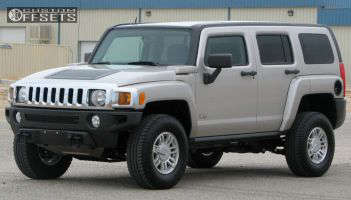 2006 Hummer H3 - 16x7.5 38mm - Stock Stock - Stock Suspension - 265/75R16