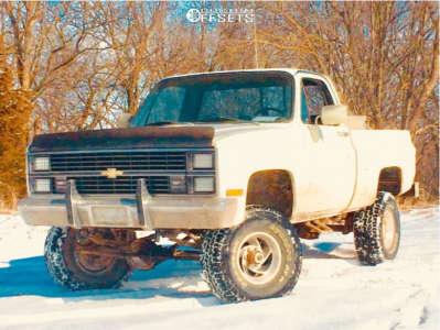 "1984 Chevrolet K10 Pickup - 15x7 -6mm - Pacer Hurricane - Stock Suspension - 33"" x 12.5"""