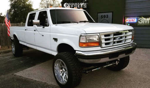 """1996 Ford F-350 - 22x12 -44mm - Axe Offroad Ax2.5 - Suspension Lift 3.5"""" - 35"""" x 12.5"""""""