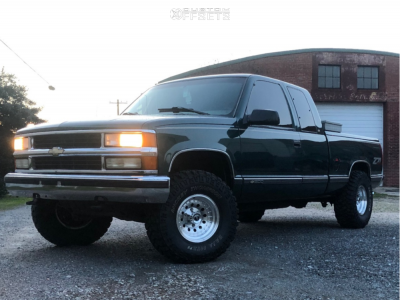 """1998 Chevrolet K1500 - 15x8 -19mm - American Racing Outlaw Ii - Stock Suspension - 33"""" x 12.5"""""""