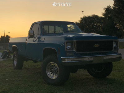 """1978 Chevrolet K20 Pickup - 17x8 0mm - American Racing Outlaw Ii - Suspension Lift 3"""" - 315/70R17"""