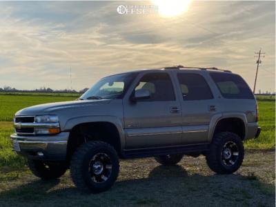 "2003 Chevrolet Tahoe - 17x9 -12mm - XD Spy - Suspension Lift 6"" - 33"" x 12.5"""