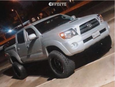 "2007 Toyota Tacoma - 20x12 -44mm - Xtreme Mudder Xm-339 - Suspension Lift 3"" - 305/55R20"
