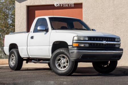 """2002 Chevrolet Silverado 1500 - 16x7 0mm - American Racing Ventura - Suspension Lift 3.5"""" - 275/65R16"""
