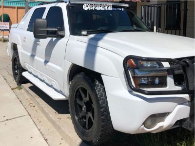 """2002 Chevrolet Avalanche 1500 - 17x9 10mm - Gear Off-road Overdrive - Stock Suspension - 33"""" x 12.5"""""""