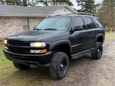 "2005 Chevrolet Tahoe - 18x9 -12mm - XD Hoss - Suspension Lift 4"" - 275/70R18"