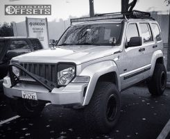 "2009 Jeep Liberty - 15x10 -43mm - Fuel Anza - Suspension Lift 4.5"" - 32"" x 11.5"""