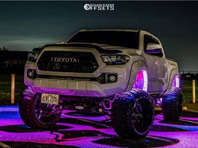 "2017 Toyota Tacoma - 22x14 -75mm - Fuel Stroke - Suspension Lift 6"" - 33"" x 12.5"""