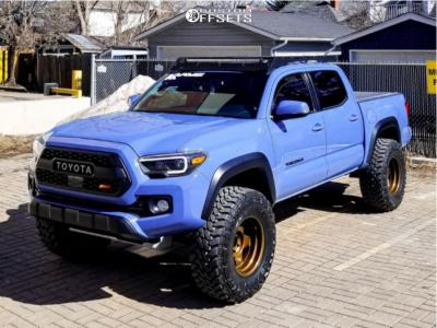"2019 Toyota Tacoma - 17x9 -38mm - Stealth Custom Series F5 - Suspension Lift 3"" - 35"" x 12.5"""