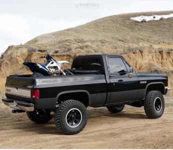 "1983 Chevrolet K10 - 17x9 -12mm - Mickey Thompson Classic Baja Lock - Suspension Lift 6"" - 35"" x 12.5"""