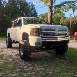 "2010 Chevrolet Silverado 1500 - 15x10 -43mm - Mickey Thompson Classic Iii - Suspension Lift 6"" & Body 3"" - 36"" x 12.5"""