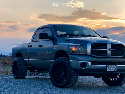 """2006 Dodge Ram 2500 - 22x12 -51mm - Vision Shadow - Lowered on Springs - 35"""" x 12.5"""""""