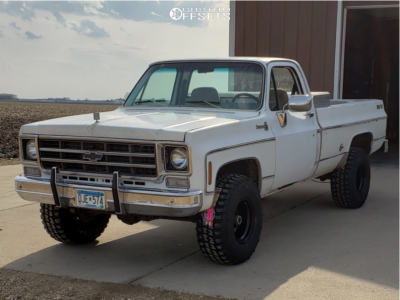 "1977 Chevrolet K10 Pickup - 15x10 -44mm - Black Rock Type 8 - Stock Suspension - 33"" x 12.5"""