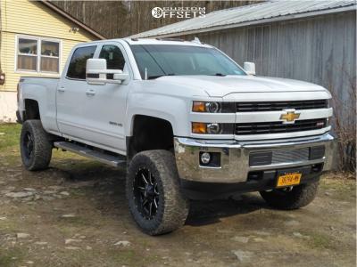 "2015 Chevrolet Silverado 3500 HD - 20x10 -12mm - Fuel Maverick - Suspension Lift 7.5"" - 35"" x 12.5"""