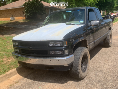 1998 Chevrolet K1500 - 17x9 -19mm - Pro Comp Series 97 - Stock Suspension - 285/70R17