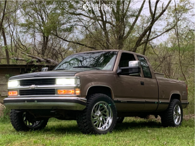 "1996 Chevrolet K1500 - 20x10 -19mm - Fuel Triton D609 - Stock Suspension - 33"" x 12.5"""