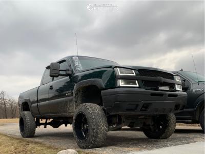 "2003 Chevrolet Silverado 2500 - 20x12 -44mm - Moto Metal Mo962 - Suspension Lift 6"" - 33"" x 12.5"""