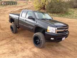 "2009 Chevrolet Silverado 1500 - 20x12 -44mm - Hostile Hammered - Suspension Lift 9"" - 35"" x 12.5"""