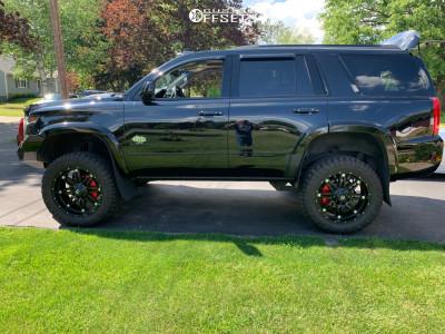 "2018 Chevrolet Tahoe - 22x9.5 20mm - Fuel Hostage - Suspension Lift 4"" - 35"" x 12.5"""