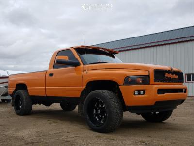 """1994 Dodge Ram 2500 - 20x12 -43mm - Fuel Turbo - Lowered 2F / 4R - 33"""" x 12.5"""""""