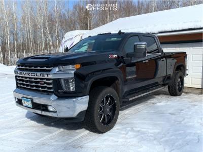 2020 Chevrolet Silverado 3500 HD - 22x10 10mm - Fuel Maverick - Stock Suspension - 285/55R22