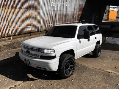 """2004 Chevrolet Tahoe - 17x9 -12mm - Red Dirt Road RD08 - Suspension Lift 2.5"""" - 275/65R17"""