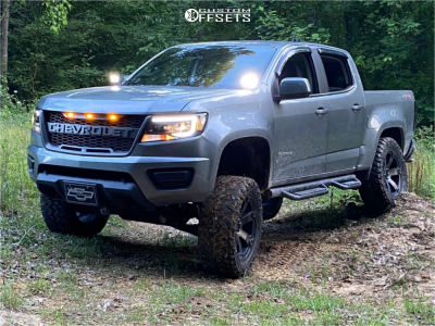 "2018 Chevrolet Colorado - 20x9 0mm - Fuel Beast - Suspension Lift 6"" - 33"" x 12.5"""