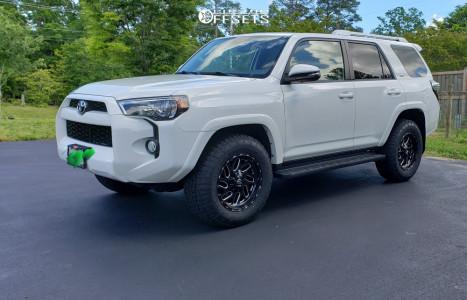 2014 Toyota 4Runner - 18x9 1mm - Fuel Triton D581 - Stock Suspension - 275/65R18