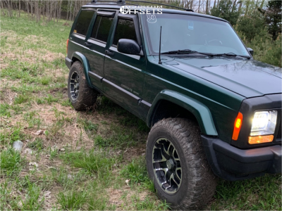 """2000 Jeep Cherokee - 17x9 10mm - Gear Off-Road Double Pump - Suspension Lift 3"""" - 245/75R17"""