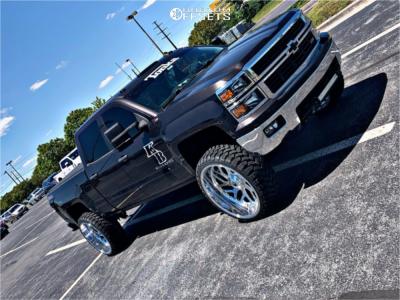 "2014 Chevrolet Silverado 1500 - 26x12 -44mm - Fuel Triton D609 - Suspension Lift 6"" - 35"" x 13.5"""