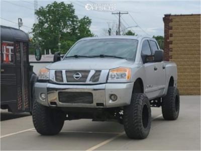 "2008 Nissan Titan - 20x12 -44mm - Fuel Maverick - Suspension Lift 6"" - 37"" x 13.5"""