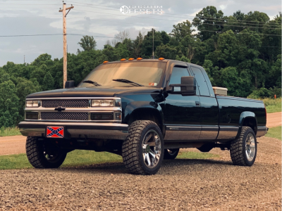1998 Chevrolet K2500 - 20x10 -24mm - ARKON OFF-ROAD Lincoln - Leveling Kit - 275/55R20