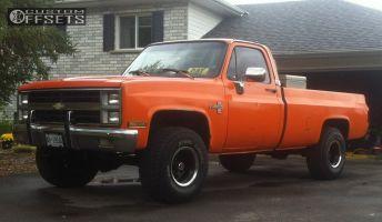 """1986 Chevrolet K10 - 15x10 -24mm - Unknown Steelie - Stock Suspension - 33"""" x 12.5"""""""