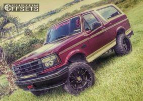 """1993 Ford Bronco - 20x12 -44mm - Moto Metal MO962 - Suspension Lift 4"""" - 33"""" x 12.5"""""""