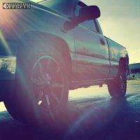 "2005 Chevrolet Silverado 1500 - 20x8.5 10mm - KMC Slide - Level 2"" Drop Rear - 32"" x 11.5"""