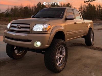 "2005 Toyota Tundra - 22x10 -15mm - Hostile H105 - Suspension Lift 7.5"" - 37"" x 13.5"""