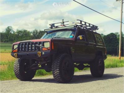 "2001 Jeep Cherokee - 16x8 0mm - Quadratec Moab - Suspension Lift 5.5"" - 35"" x 12.5"""