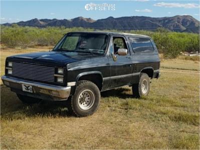 "1982 Chevrolet K5 Blazer - 15x10.5 0mm - K2 Offroad Torque - Stock Suspension - 33"" x 12.5"""
