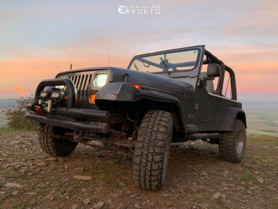 """1994 Jeep Wrangler - 16x12 0mm - American Offroad Other - Suspension Lift 2.5"""" - 31"""" x 11.5"""""""