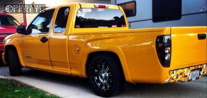 "2004 Chevrolet Colorado - 18x9 18mm - XD Hoss - Lowered 2F / 4R - 25"" x 8.5"""