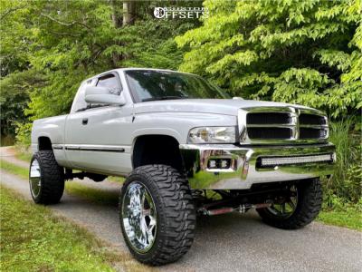 """1999 Dodge Ram 1500 - 24x14 -76mm - Dropstars 655c - Suspension Lift 6.5"""" - 37"""" x 13.5"""""""
