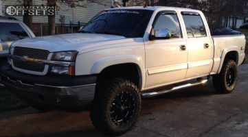 "2005 Chevrolet Silverado 1500 - 18x9 0mm - Moto Metal MO962 - Suspension Lift 4"" - 33"" x 12.5"""