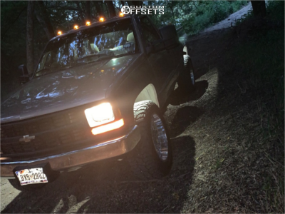 1995 Chevrolet C2500 - 20x10 -24mm - American Truxx Blade - Leveling Kit - 285/60R20