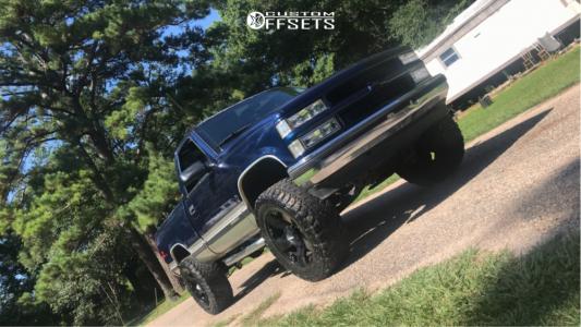"1994 Chevrolet Silverado 1500 - 20x12 -44mm - Xd Rockstar 3 - Body Lift 3"" - 35"" x 12.5"""
